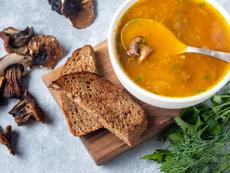 Супа с картофи и гъби