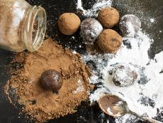 Веган трюфели с черен шоколад