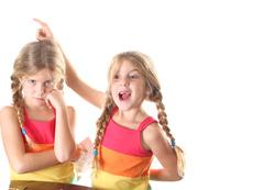 Неща, които никога да не казвате на близнаци