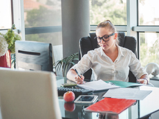 4 начина, по които продължителното седене ни вреди