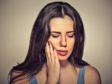 Естествени лекове при болки във венците и зъбите