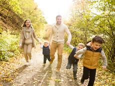 4 причини ходенето да е страхотно за здравето
