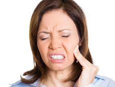 Симптоми на възпалени венци