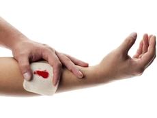 Натурални лекове при порезни рани и ожулвания