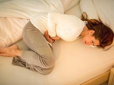 Билки, успокояващи болки и спазми при менструация