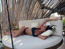 Никол Шерцингер със слънчев загар в Мексико