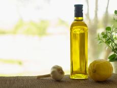 Смес от зехтин и лимон за детокс и цялостно здраве