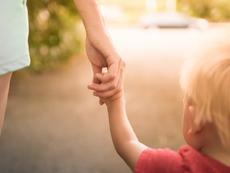 Вече може да се подават онлайн заявления за детски надбавки
