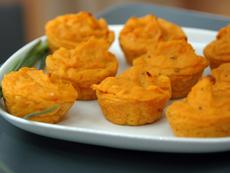 Мъфини със сладки картофи и ядки