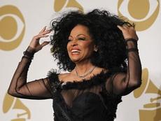"""Без голи гърди на сцената на наградите """"Грами"""""""