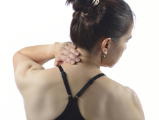 Упражнения при болки и схващане на шията