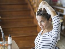 Как да се боядисате сами вкъщи без фризьор