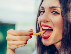 Опитвате се да забременеете? Не яжте картофи!