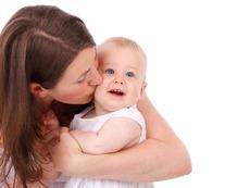 Бонуси за майките, които се връщат по-рано на работа