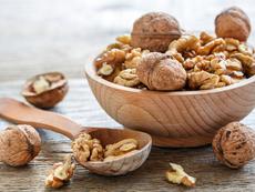 Орехите – нисковъглехидратна междинна закуска с омега-3