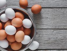 Много лесен трик за проверка на годността на яйцата