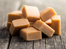 Домашни карамелени дъвчащи бонбони