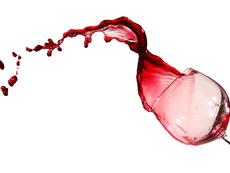 Маски с червено вино за красива и млада кожа