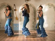 """Вижте новия трейлър на """"Mamma Mia! Отново заедно"""""""