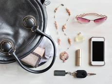 Дамската чанта – кутията на Пандора