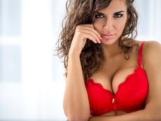Вредни навици, предизвикващи увисване на гърдите
