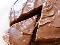 Шоколадов сладкиш с аромат на коняк