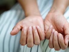 Промени в ноктите, които подсказват за здравословни проблеми