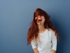 Как да използвате сода за измиване и детокс на косата