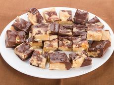 Шоколадови барчета с фъстъчено масло