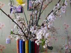 Празнична ваза от флумастери