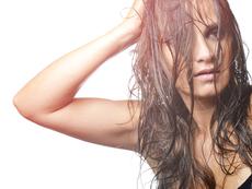 Оставяте косата да изсъхне сама – не правете тези грешки!