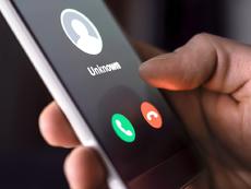 Какви са новите сюжети на телефонните измамници