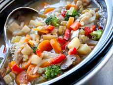 Лека зеленчукова супа в мултикукър