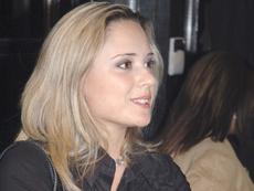 Лора Крумова е бременна с първото си дете