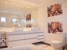 Красиви идеи за тапети за баня