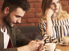 5 грешки с телефона, пречещи на връзката