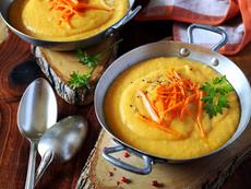 Крем супа с моркови, картофи и зелени чушки