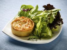 Тарти с гъби и синьо сирене