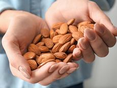 4 неща, които се случват в тялото, когато всеки ден ядете бадеми