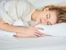 3 пози за сън при безсъние