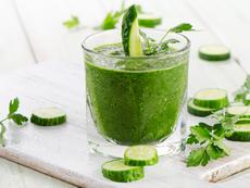 7 невероятни ползи от пиенето на сок от краставица