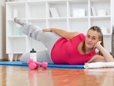 Опасни ли са упражненията с тежести през бременността?