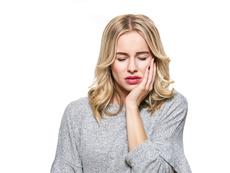 5 храни, които да избягвате, ако имате чувствителни зъби