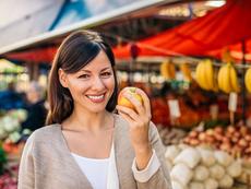 По една ябълка на ден – за здрави кости, отслабване и при астма