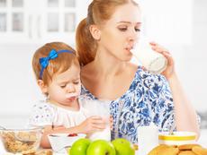 Защо пълномасленото мляко е по-полезно от нискомасленото?