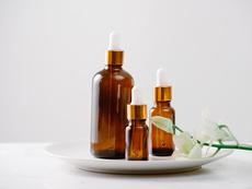 3 рецепти за домашен серум за здрава и жизнена коса