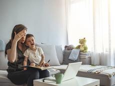"""Новото """"нормално"""" и отражението му върху взаимоотношенията  родители – деца"""