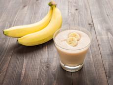 Смути с банан, което топи коремните мазнини