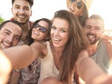 5 трика за неотразима усмивка на снимки