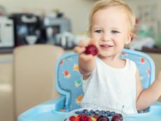 Детско столче за хранене – повече от мебел